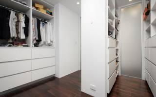 Дизайн гардеробной в прихожей в квартире