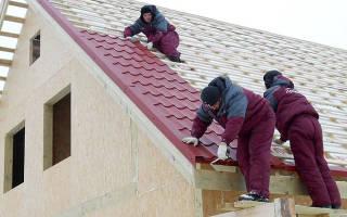 Порядок укладки металлочерепицы на двухскатную крышу