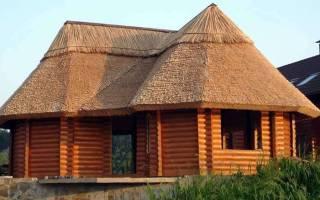 Дом с соломенной крышей: кровля из соломы