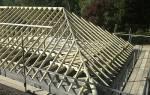 Вальмовая крыша с висячими стропилами