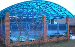 Крыша из поликарбоната для дома: строительный материал карбонат