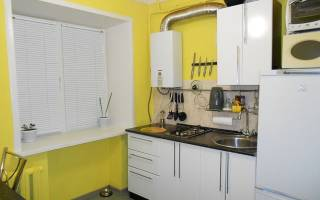 Кухня 6 кв с колонкой дизайн