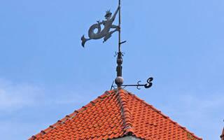 Как сделать флюгер в домашних условиях – показывает направление ветра на крыше