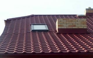 Как правильно положить металлочерепицу на двухскатную крышу – как крыть кровлю?