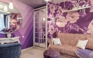 Сиреневый цвет в интерьере гостиной