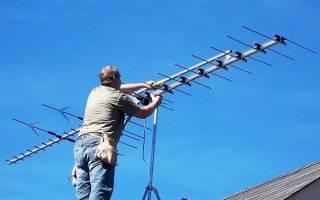 Как закрепить антенну на крыше частного дома?
