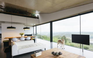 Дизайн комнаты с панорамным окном