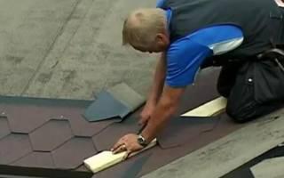 Как накрыть крышу битумной черепицей, видео