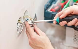 Как заменить розетку в стене